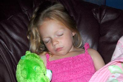 Chloe_sleeping_82107